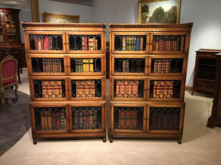 Zwei Eichen Bücherschränke Massivholz antik ca 1920