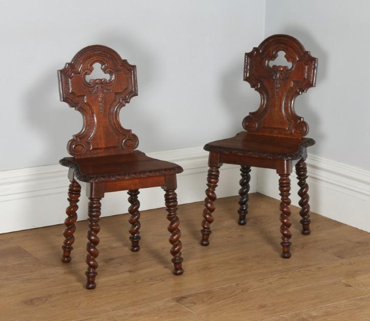 Antikes englisches viktorianisches Paar Stühle im gotischen Stil Eiche Massivholzstühle ca. 1860