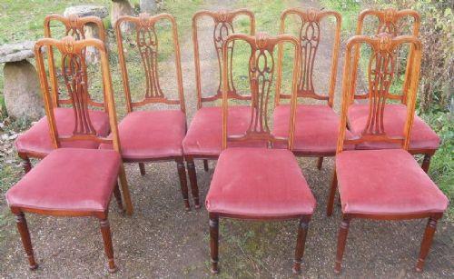 Set / Satz von acht Stühlen antik Mahagoni Massivholzstühle ca. 1900