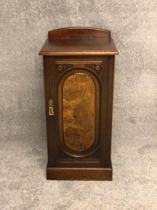 Mahagoni und Nussbaum Nachttisch Massivholzschrank antik ca. 1880