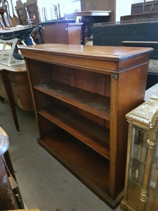 Antiker viktorianisches offenes Bücherregal