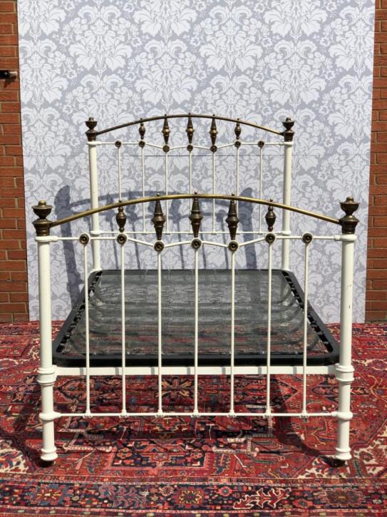Antikes viktorianische Messingbett