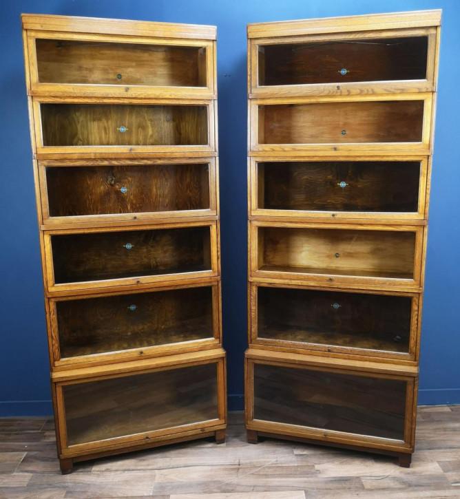 Paar antiker Art Déco Globe Wernicke Eichenbücherschränke, Barristers Bookcase von 1930
