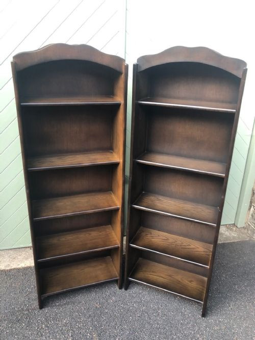 Ein Paar Eichen Bücherregale Massivholz antik ca 1910
