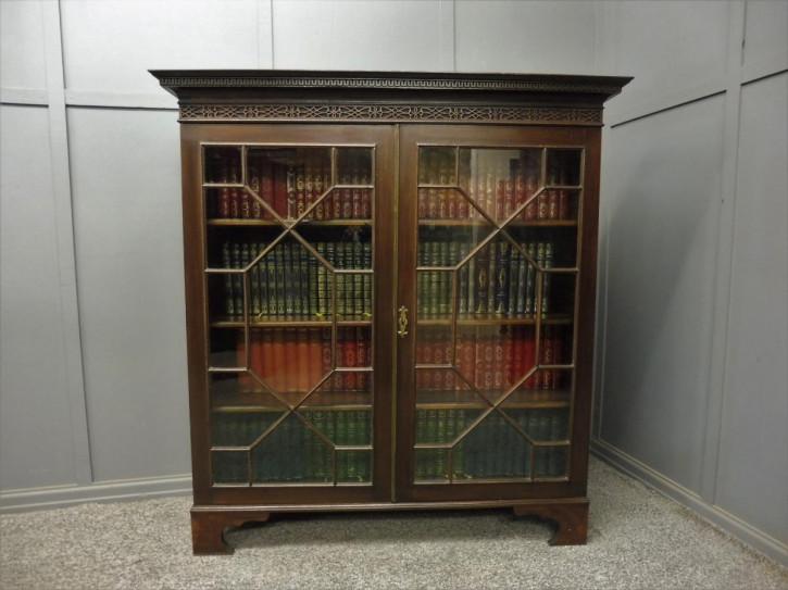 Edwardianischer Mahagoni Bücherschrank Massivholz antik ca 1900