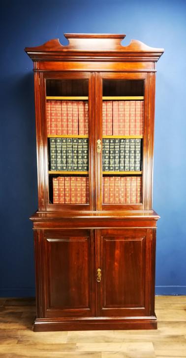 Viktorianischer Nussbaum Bücherschrank Massivholz antik ca 1900