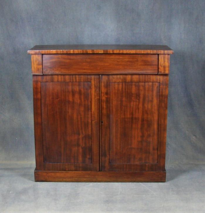William IV Mahagoni Sideboard Massivholz antik ca 1830