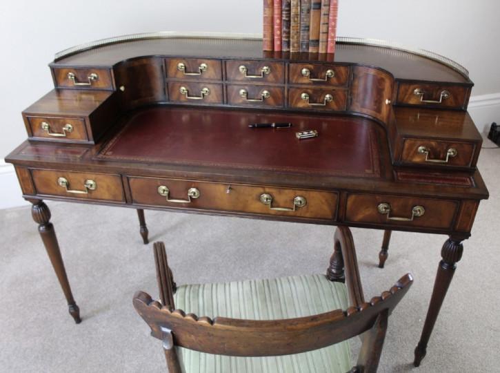 Carlton Haus Mahagoni Schreibtisch Massivholz antik 19. Jahrhundert