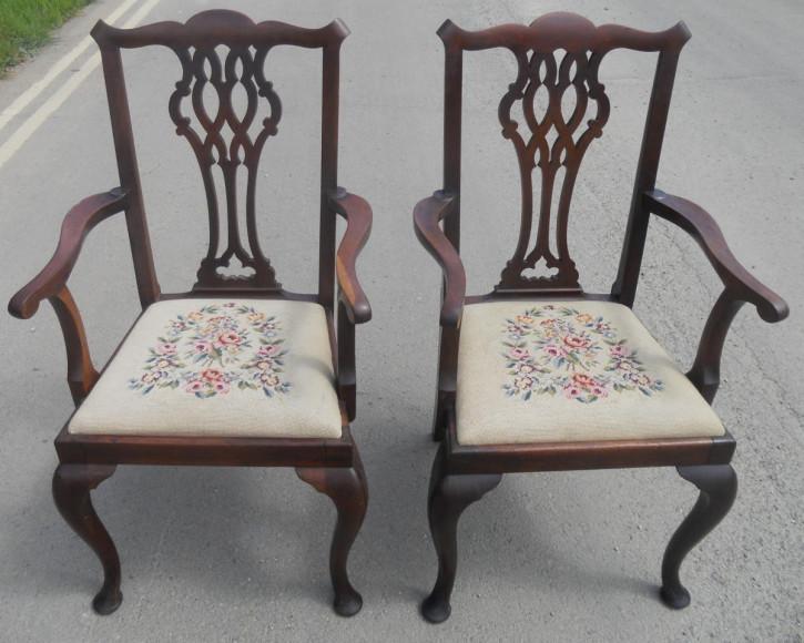 Paar Chippendale Mahagoni Stühle Massivholz antik ca 1920