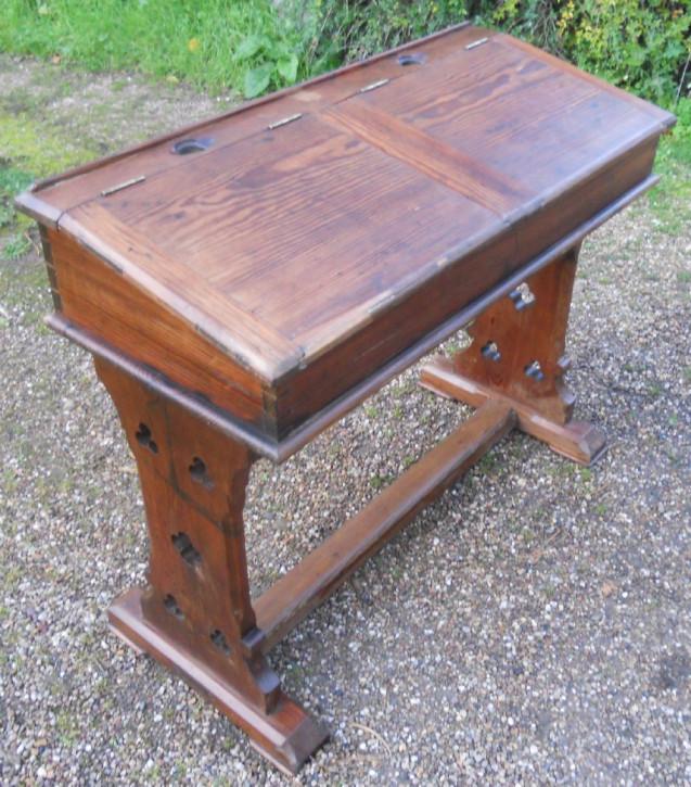 Viktorianischer Kiefern Schreibtisch Weichholz Massivholz antik ca 1850