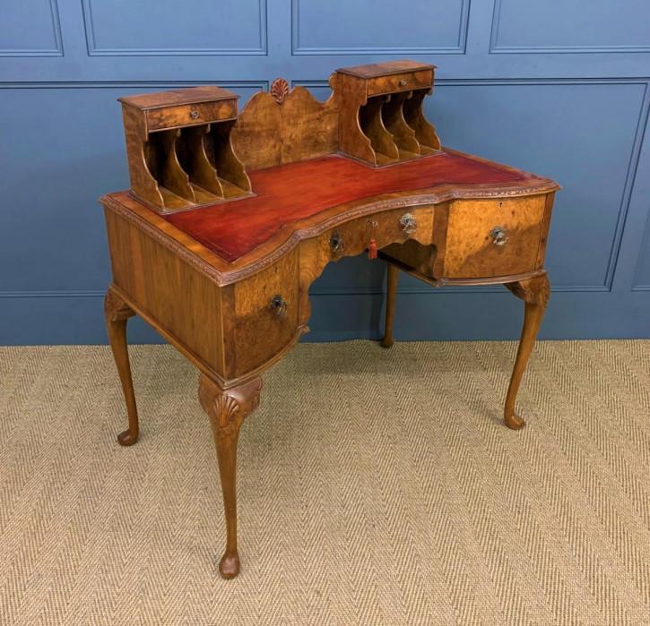 Nussbaum Schreibtisch Massivholz antik ca 1910