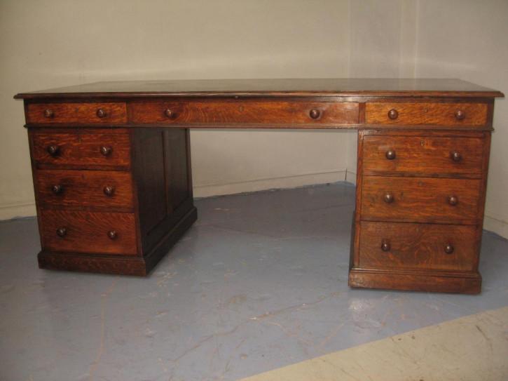 Eichen Schreibtisch Massivholz antik ca 1910