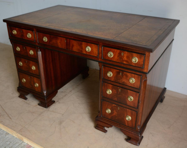 Regency Mahagoni Schreibtisch Massivholz antik ca 1820