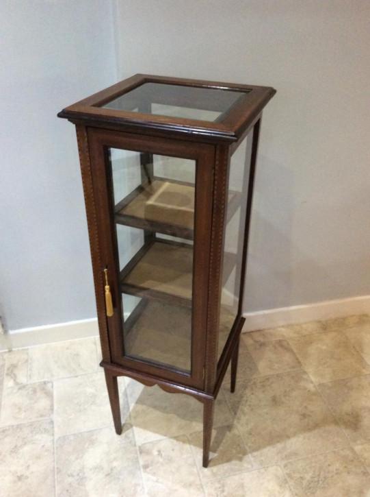 display/ bijouterie cabinet - 5 glass