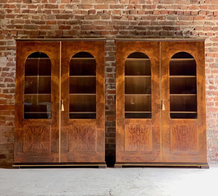 antikes Paar Tomaso Buzzi-Bücherschränke Ferrara-Wurzelholz und Nussbaumholz Massivholz 1929