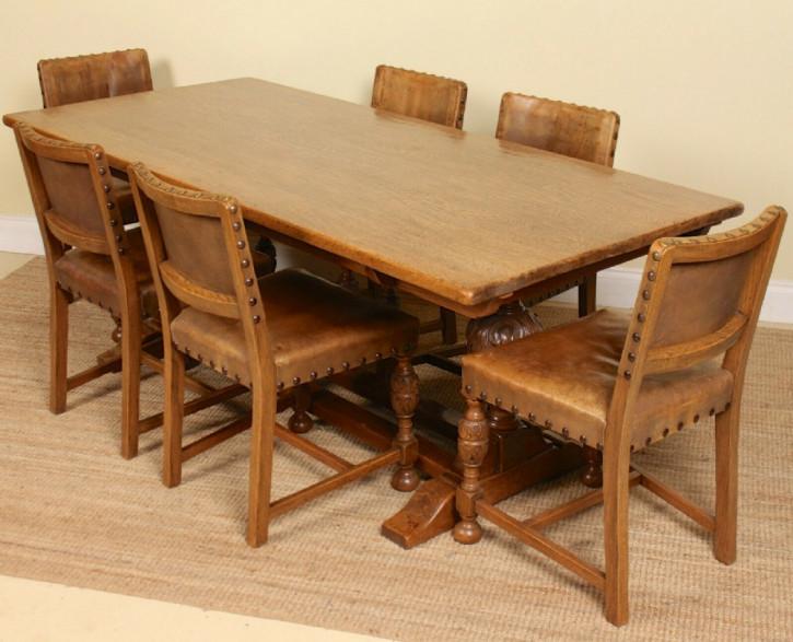 Esstisch Eiche Massivholztisch Garnitur mit sechs Stühlen antik ca. 1920