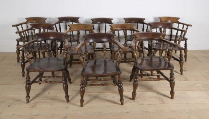 Set mit zwölf Smokers Stühlen aus dem 19. Jahrhundert, antik
