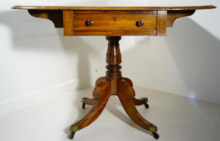 antiker Esstisch mit Fallklappe aus Mahagoni Massivholz 19. Jahrhundert