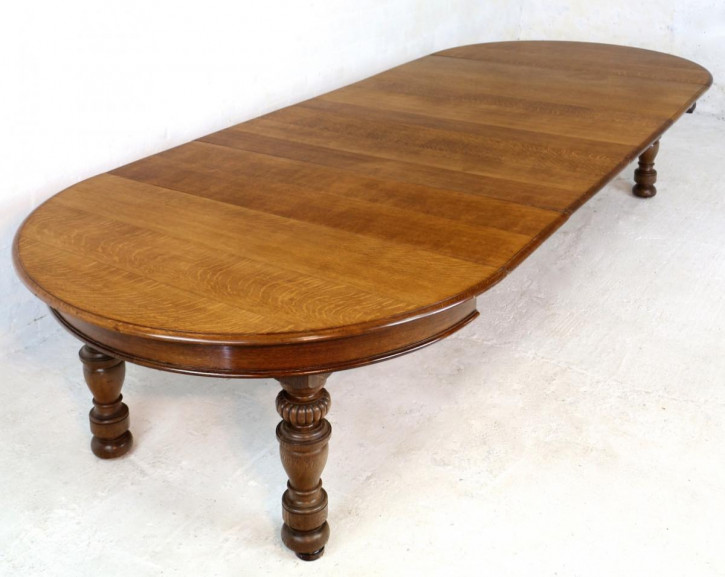 Runder ausziehbarer Esstisch aus Eichenholz für 12-14 Personen von Gillows