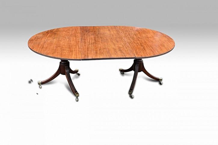 Antiker Mahagoni Doppelsäulen Esstisch aus der Zeit von George III