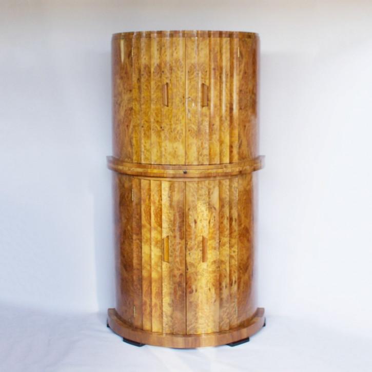 Halbrunder Art-Déco-Cocktailschrank von Harry & Lou Epstein aus Wurzelnussholz Massivholz um 1930 antik