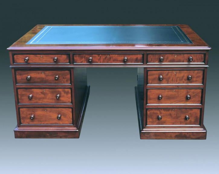 Großer antiker Mahagoni Partner Schreibtisch