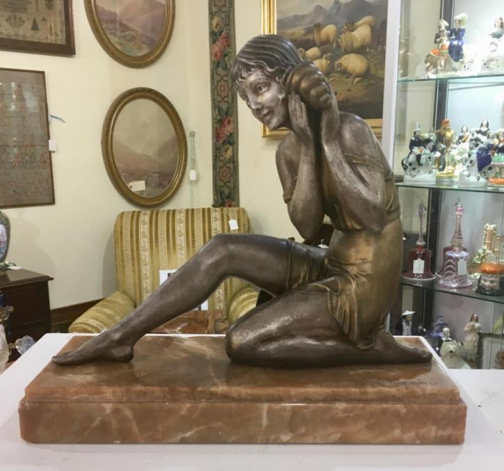 "Französische Demétre Chiparus Art-Déco-Skulptur ""Echo"" um 1925 antik"
