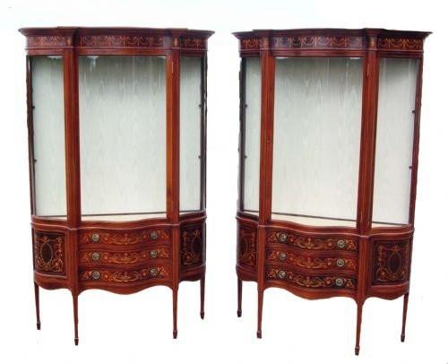 Antikes Paar Vitrinen-Seitenschränke aus Mahagoni gestempelte edwards und roberts um 1900.