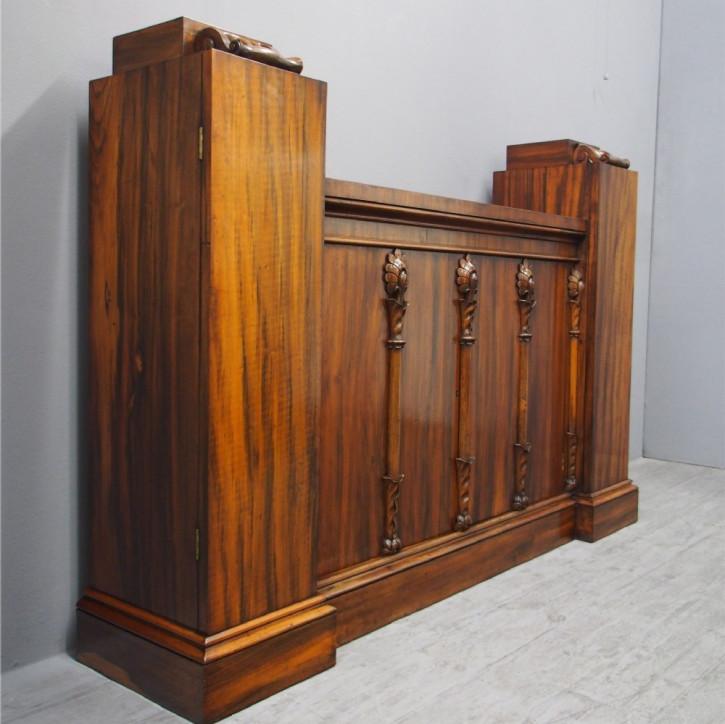 Antiker Goncalo Alves (Tiegerholz) Schrank aus der Regency Zeit