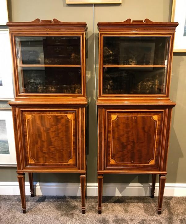 Premium! Antikes Paar Mahagoni Vitrinen aus der edwardianischen Epoche