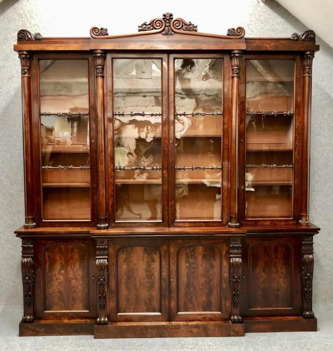 Antiker Breakfront Bücherschrank aus der regency / William IV Zeit