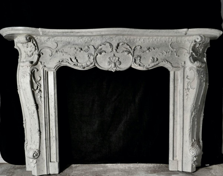 Großer antiker Kaminrahmen im Marmor-Adams-Stil aus dem 19. Jahrhundert