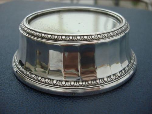 1927 registered, elkington silver plate unusual small mirror plateau.