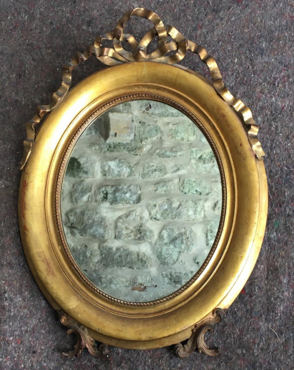 Antiker, ovaler, vergoldeter, gerahmter Spiegel aus dem 19. Jahrhundert