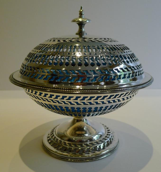 Antike versilberte englische Schale mit originalem blauen Glasliner um 1880