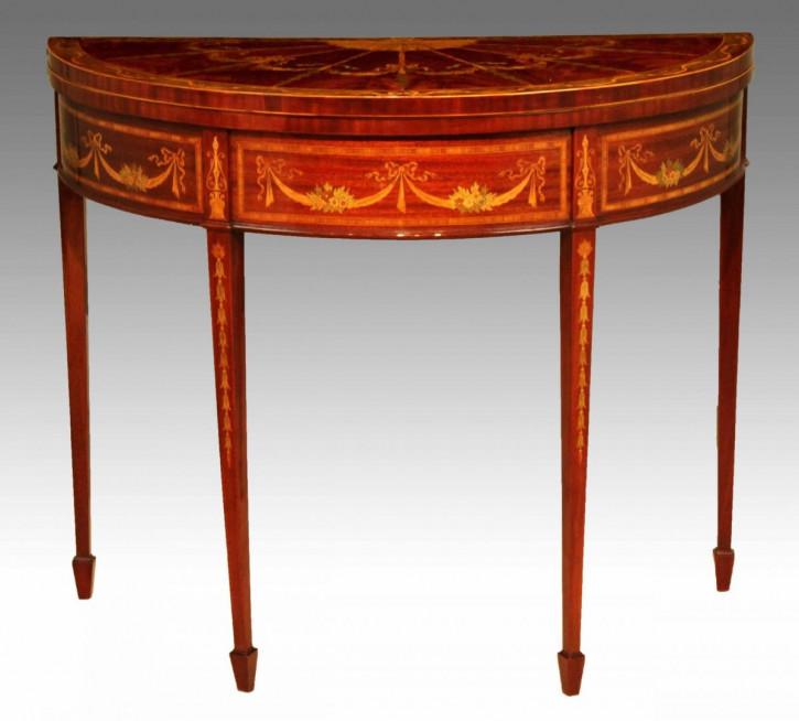 Antiker demi lune Games Table aus Mahagoni Massivholz 1890