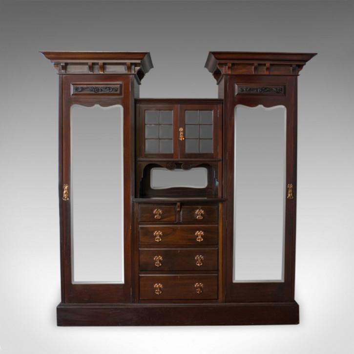 Antiker englischer Mahagoni Kleiderschrank von Maple und Co