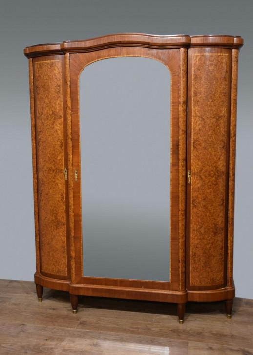 Antiker Amboyna Kleiderschrank aus Massivholz 19. Jahrhundert