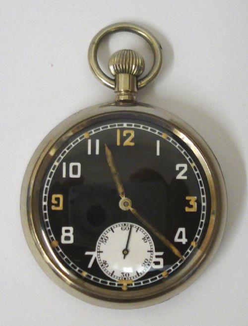 Schweizer Taschenuhr aus dem 2. Weltkrieg