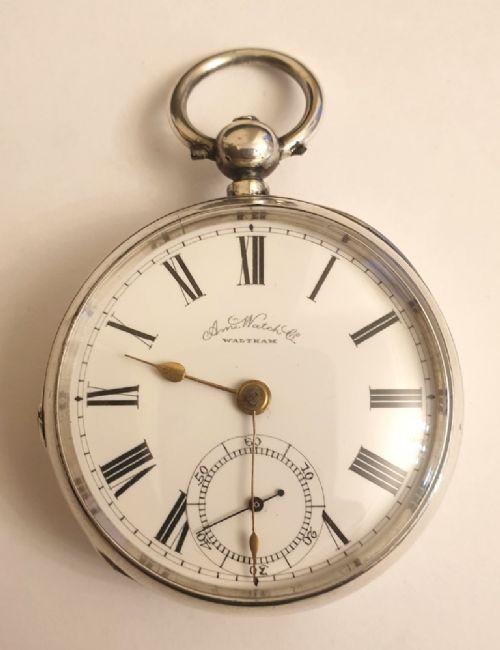 Silberne Taschenuhr von American waltham watch co.