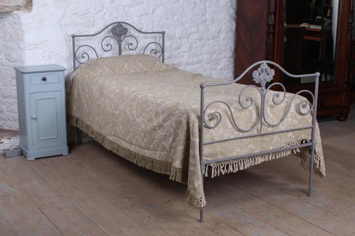 Antikes geschmiedetes Eisen-Einzelbett um 1900