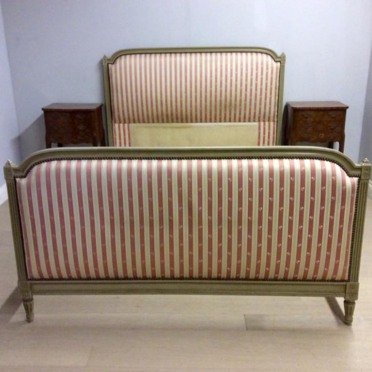 King-Size-Bett im Louis XVI-Stil von ca 1920