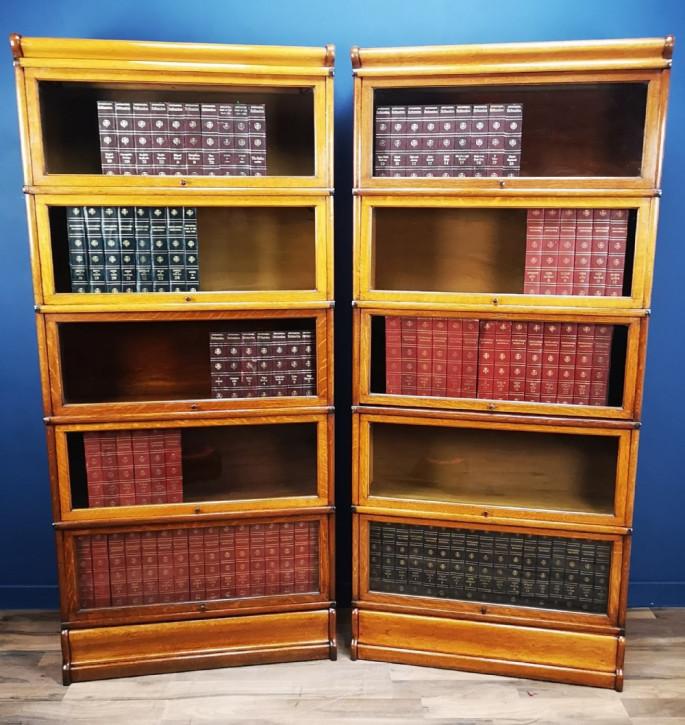 Antikes Paar Globe Wernicke Barristers Bücherschränke aus Eiche Massivholz 1900