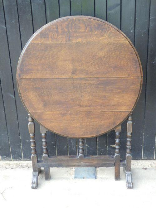 Antiker Kipptisch/Beistelltisch aus Eiche Massivholz 1890