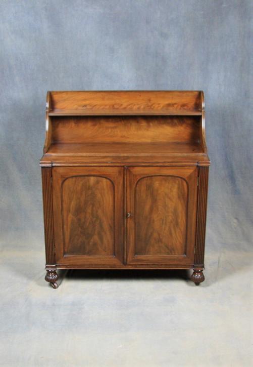 Antikes William IV Mahagoni Sideboard