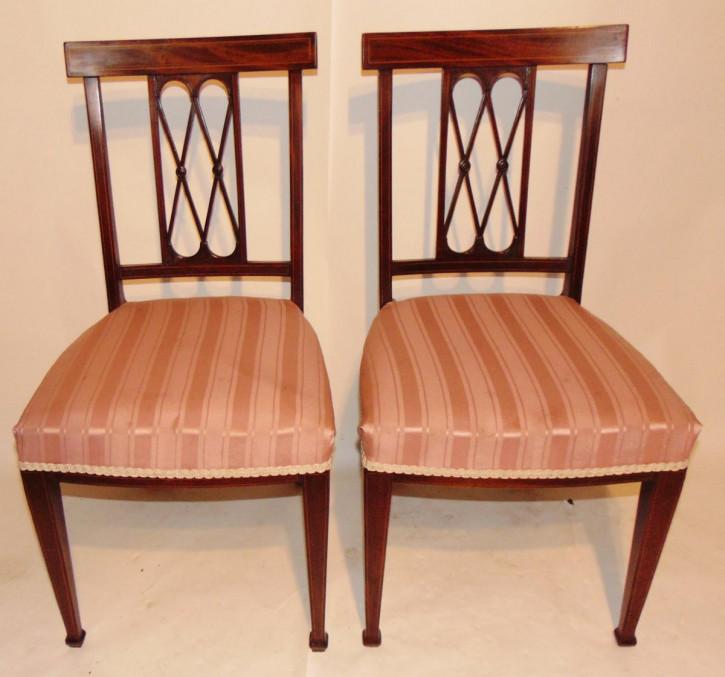 Antikes Paar Mahagoni-Seitenstühle um 1910