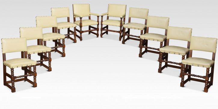 Antiker Satz von zehn Esszimmerstühlen aus Eichenholz
