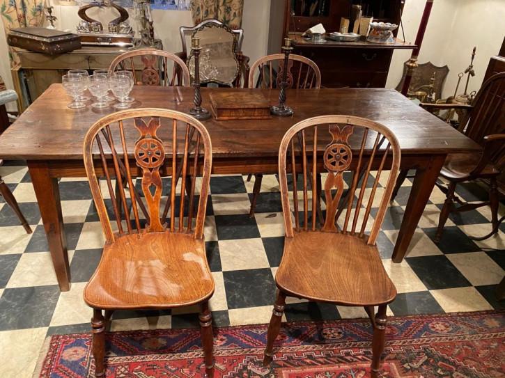 Antikes Set aus sechs Windsor-Stühlen