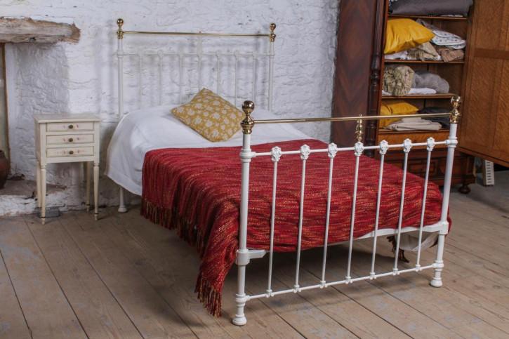Antikes Queen-Size-Bett aus Messing viktorianisch
