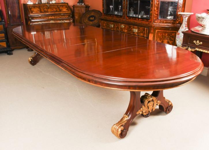 Antiker Esstisch aus Mahagoni Massivholz 1850